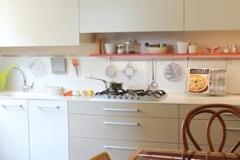 02-cucina-e-quadri
